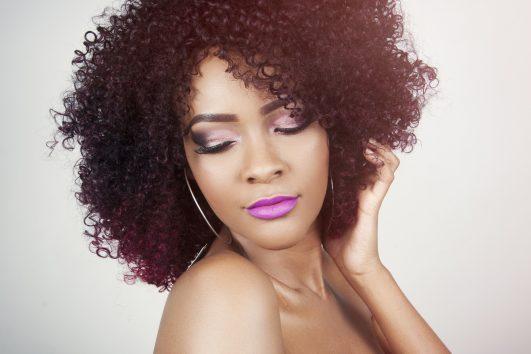 Des extensions de cheveux pour femme